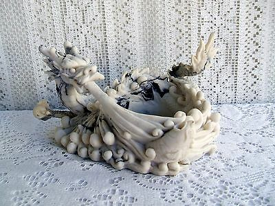******  CHINESE CARVED RESIN DRAGON BAMBOO PLANTER ******