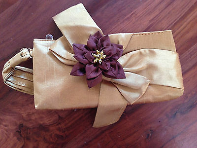 Flower Fabric Clutch Purse Brooch Embellished Floral Pendant Gold Dahlia Bow New