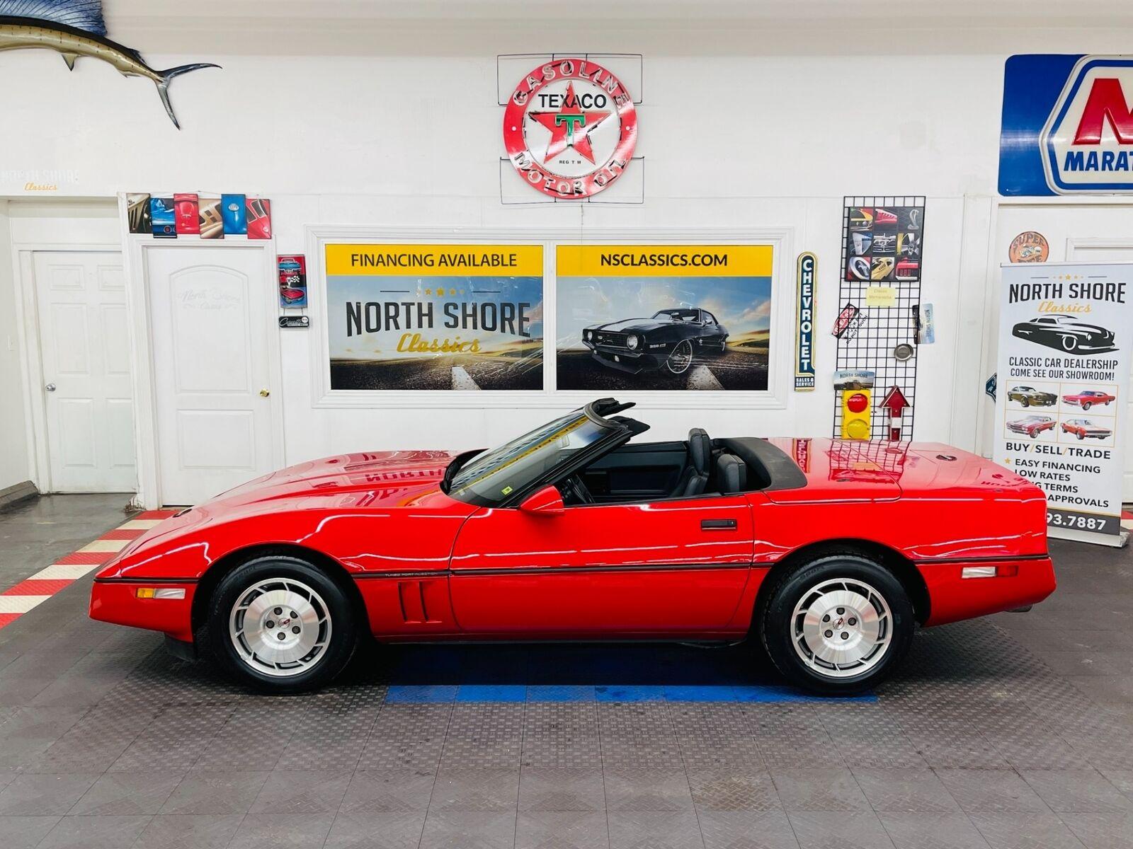 1986 Red Chevrolet Corvette Convertible  | C4 Corvette Photo 2
