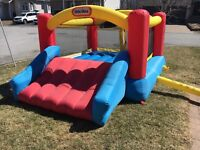 Bouncy castle for rent 60$/day