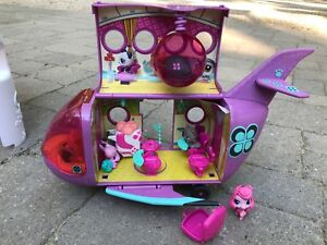Lps airplane with pets