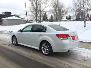 EUC 2014 Subaru Legacy 3.6R Limited with EyeSight Package
