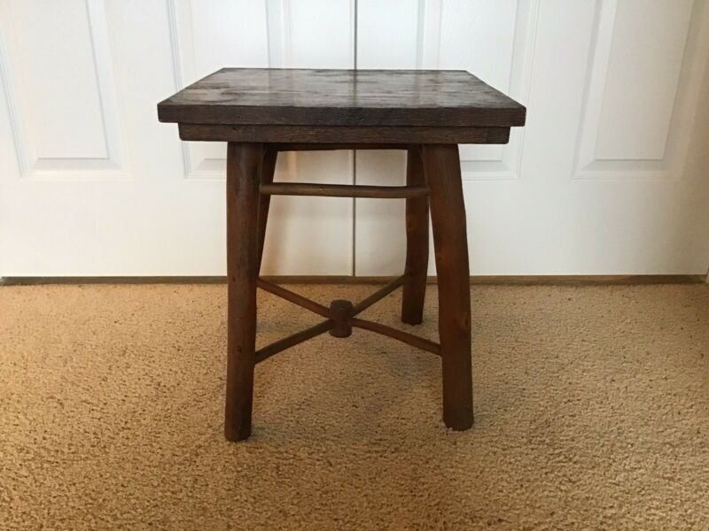 Old hickory side table/Tabouret/Signed Martinsville/camp/cabin/lodge/rustic