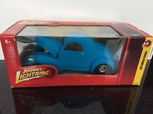 Diecast car Johnny Lightning 1941 Willys Coupe
