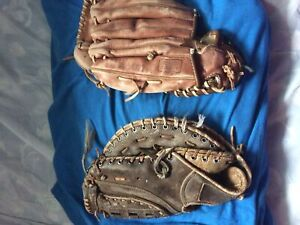 Baseball gloves ( read description)