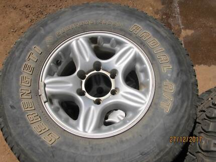 4x4 rims and tyres