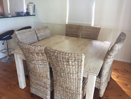 Mango wood dining table