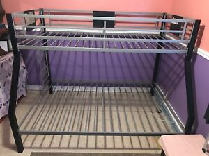 Bunk bed with out mattress