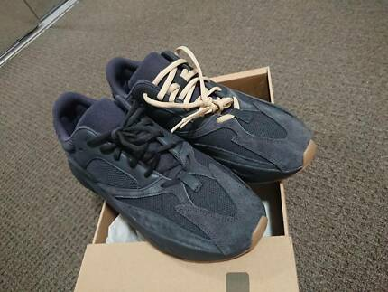 pretty nice 30412 a68f7 Yeezy 700 Utility Black - US 11.5 - Dead Stock - w/ Lace ...