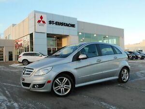 2011 Mercedes-Benz B-Class B200 TOIT PANORAMIQUE ** A/C