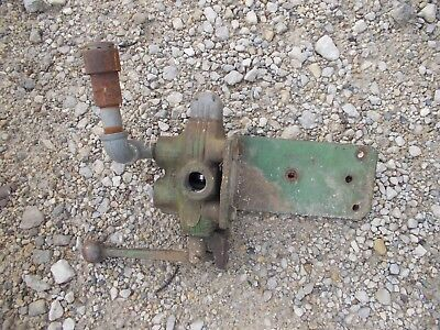 John Deere Jd Tractor Hydraulic Control Flow Valve W Handle Mount Bracket