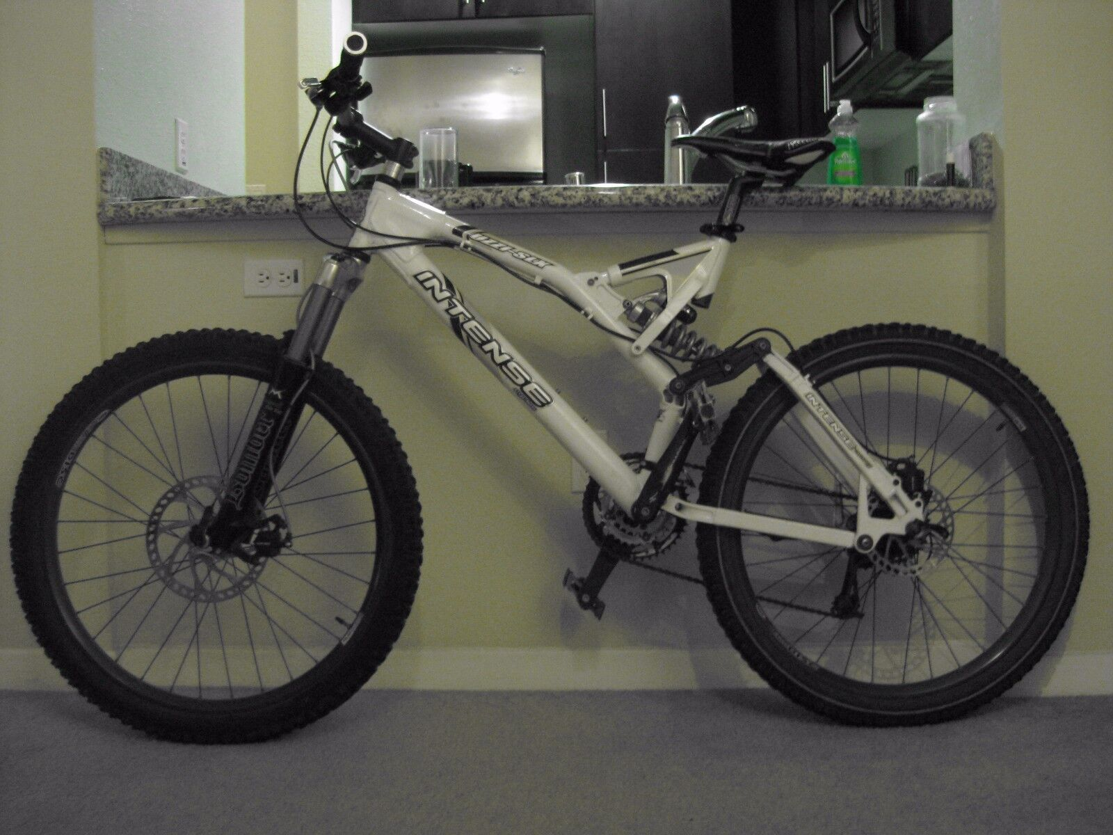 2004 Intense UZI SLX Freeride Mountain Bike