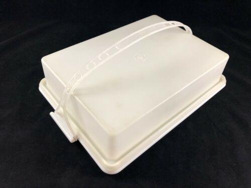 Vintage Tupperware Rectangle Cake / Cupcake Taker #622 Lid & Handle Sheer/White