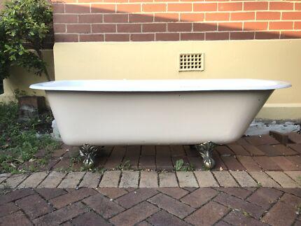 Original Claw Foot Bathtub