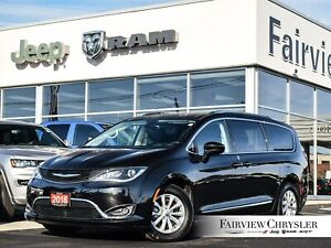 2018 Chrysler Pacifica Touring-L Plus l HEATED LEATHER l BLINDSP