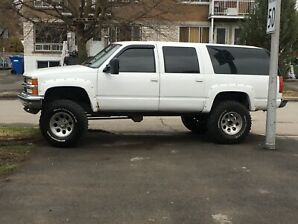 Lifted suburban