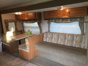 28ft trailer with bunks and slide