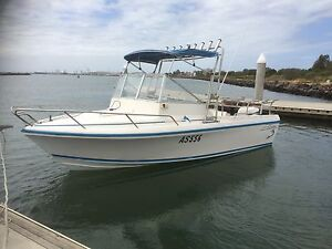 Boat Caribbean belmont fiberglass 5.4mtrs fishing diving cruising Seabrook Hobsons Bay Area Preview