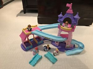 Fisher Price Princess Castle and Horse Stable