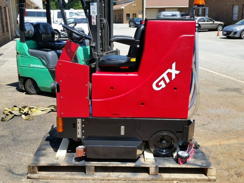 "RECONDITIONED Factory Cat GTX34D Rider Scrubber 34"" under 700HR"