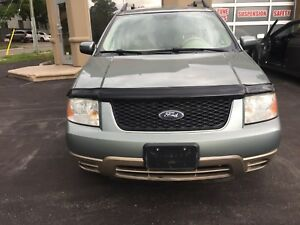 2006 Ford Freestyle AWD!!