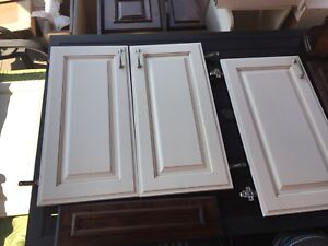 Kitchen MDF cabinet doors & drawers available