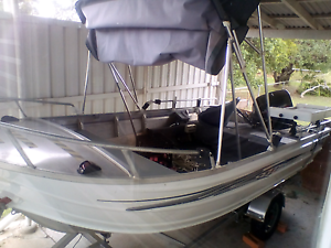 14ft Quintrex 40hp Johnson Tinny East Ipswich Ipswich City Preview