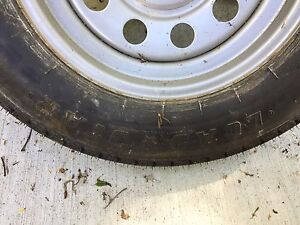 Trailer tire 5 bolt 205/75/15