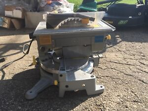 Table top mitre saw
