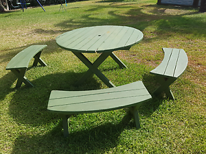 Old timber outdoor setting- FREE Alexandra Hills Redland Area Preview