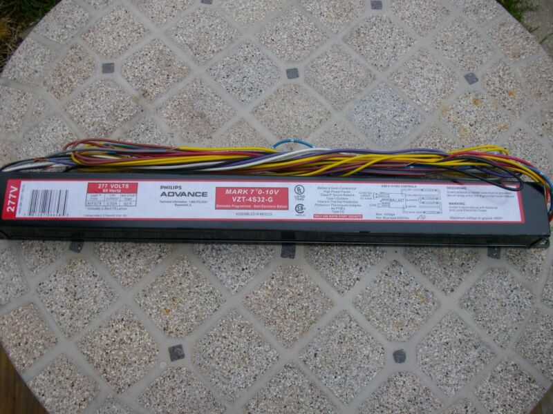 Advance Ballast VZT-4S32-G Dimmable Programed Electronic NEW