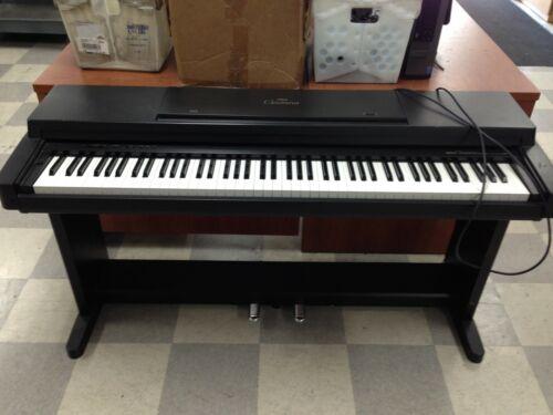 Yamaha Clavinova CLP-350 Digital Piano | OO38-B