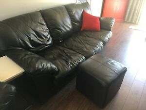 Two couches, one chair & ottoman! Great condition! 500 OBO!
