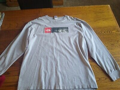 Men's XL The North Face Grey Long-Sleeve Shirt