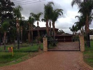 High Wycombe, large house, long term rent, horse ok High Wycombe Kalamunda Area Preview