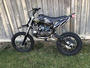125CC  DIRTBIKE!! 4 SPEED!! BRAND NEW UNITS!! 125-M