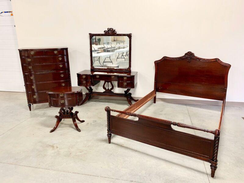Fantastic 1920's Duncan Pfyfe Lyre Base Bedroom Set 4 Piece