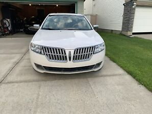 2011 Lincoln MKZ only 73,000kms