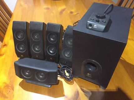 Logitech x-540 Computer Speakers -5 Piece Set. Subwoofer+Speakers
