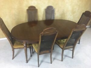 ANTIQUE DINING TABLE 6 CHAIRS FOR 150 DELIVERY AVAILABLE