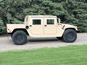 HUMVEE, Classic, Real thing. Ridiculously low miles. MINT.