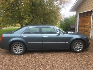2005 Chrysler 300c low low kms