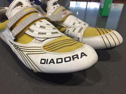 Diadora Carbon Triathlon shoes size 46