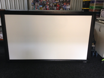 84 inch projector screen