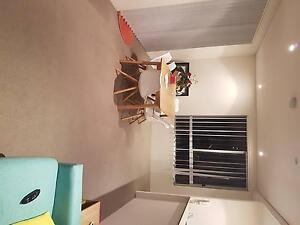 Room with own en suite available to rent $290 including bills Fairy Meadow Wollongong Area Preview