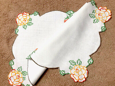 Vintage Hand Embroidered White Linen Table Centre Cloth 22x15 Inches