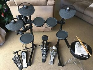 Yamaha DTX450K Electronic Drum Kit + DW 3002 Double Foot Pedal Belrose Warringah Area Preview