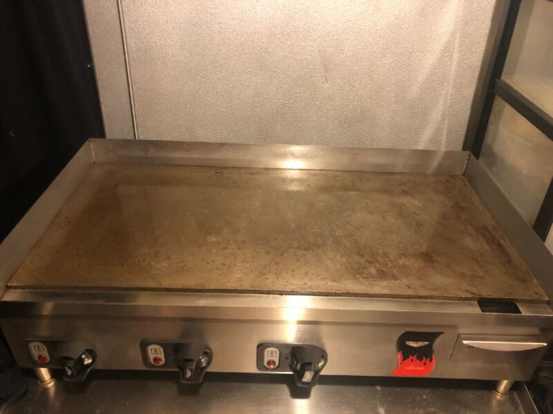 """Vollrath Cayenne 36"""" Flat Top Electric Countertop"""