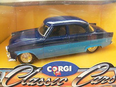 """CORGI """"CLASSIC CARS"""" FORD ZODIAC (1956 - 1962) 1/43 SCALE DIECAST"""
