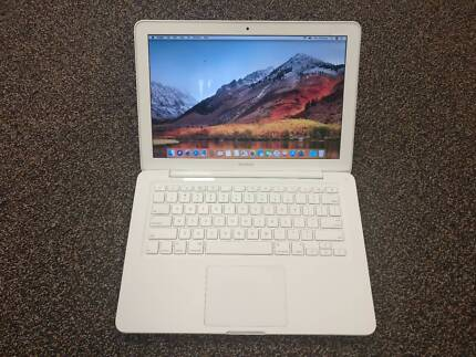 Apple MacBook Mid-2010 Expanded with SSD and 8GB RAM!